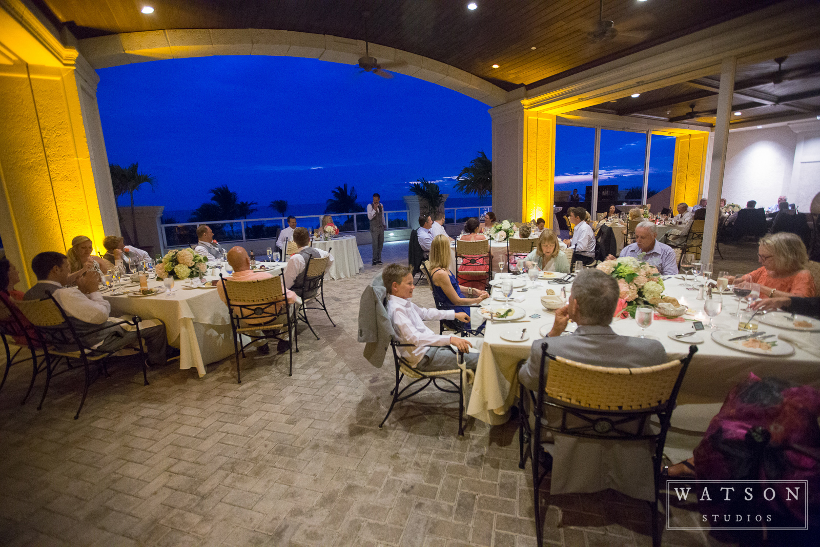 marco-beach-ocean-resort-017